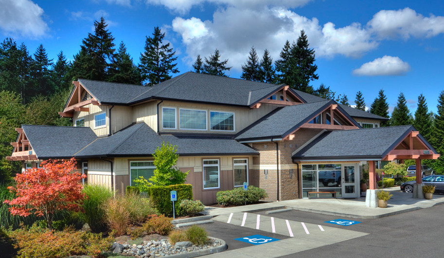 center for endodontics in western washington performs root canals, teeth whitening and other dental services